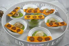 Scallops on a cream of peas and crispy chorizo - the delights of mimm Chorizo, Chefs, Scallops, Fruit Salad, Entrees, Food And Drink, Cooking, Breakfast, Desserts