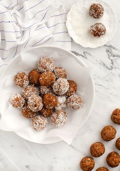 Almost-Raw Carrot Cake Bliss Balls