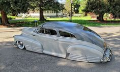 Pinned by http://FlanaganMotors.com.  Chevy Fleetline.  This is too low for my taste but what an amazing car.