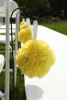 Yellow Pomanders :  wedding yellow ceremony flowers Pomanders Yellow