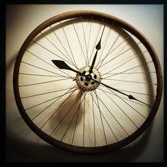 Bike Wheel Clock Cyclist Clock Recycled by DreamGreatDreams