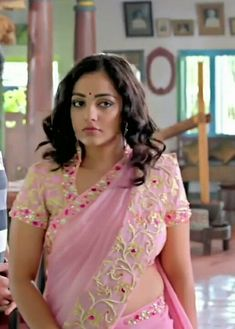 Trendy Home Movie Costume South Indian Actress Hot, Most Beautiful Indian Actress, Beautiful Actresses, Beautiful Girl Image, Beautiful Hijab, Beauty Full Girl, Beauty Women, Hot Actresses, Indian Actresses