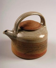 Byron Temple Untitled teapot, purchased in Pennsylvania; Gift of American Ceramic Society C Pottery Teapots, Teapots And Cups, Ceramic Teapots, Ceramic Clay, Ceramic Pottery, Pottery Art, Vases, Pottery Designs, Chocolate Pots