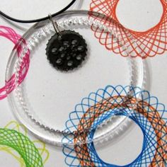Spirosketch necklace & bracelet set is a working drawing tool