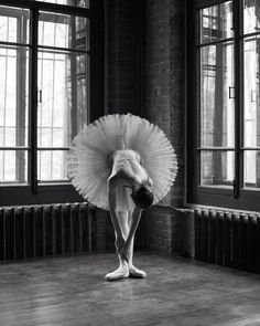 Breathtaking Portraits Of Ballet Dancers by Daria Chenikova #inspiration #photography