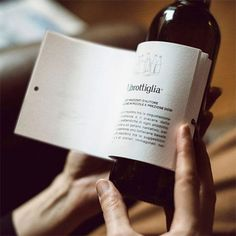 Italian Winery Wraps Bottles with Short Stories