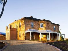 Drovers Run: The refurbished Kingsford Homestead, where McLeod's Daughters was filmed. South Australia, Australia Travel, Mcleod's Daughters, Dream Stables, Australian Homes, Homesteading, Mansions, Architecture, Luxury