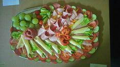 Így tálalj! Egy nagyszerű háziasszony csodás hidegtálai! - Egy az Egyben Asparagus, Sushi, Mexican, Marvel, Vegetables, Ethnic Recipes, Food, Studs, Essen