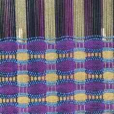 Honeycomb Fabric on the Flip Loom 2019 Project-Archives Schacht Spindle Company The post Honeycomb Fabric on the Flip Loom 2019 appeared first on Weaving ideas. Loom Knitting Patterns, Weaving Patterns, Textile Patterns, Textiles, Stitch Patterns, Knitting Tutorials, Free Knitting, Loom Weaving, Hand Weaving
