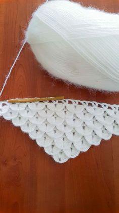 How to crocodile stitch crochet free pattern c k crafts – Artofit Crochet Poncho, Filet Crochet, Crochet Scarves, Baby Blanket Crochet, Crochet Motif, Crochet Baby, Crochet Borders, Easy Knitting Patterns, Crochet Stitches Patterns