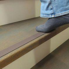 Wat een geweldig idee, een antislip stripje voor je trap. Veilig en snel gemonteers