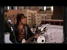 We Weren't Born to Follow - Bon Jovi  (The Circle, 2009)