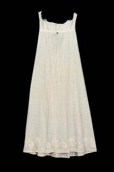 Original example of a regency petticoat. American, early 19th century Worn by Mehetable Stoddard Sumner (Welles), American, 1784–1826 Boston, Massachusetts, at MFA Boston