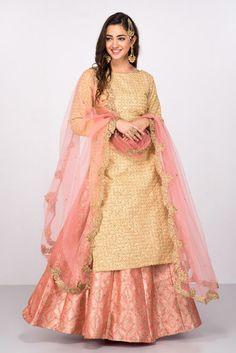Popular Dresses To Wear To A Wedding, Popular Dresses To Wear To A Wedding Nenhb. Sharara Designs, Punjabi Dress, Lehnga Dress, Punjabi Suits, Indian Gowns Dresses, Pakistani Dresses, Punjabi Wedding Dresses, Indian Anarkali, Dresses Dresses
