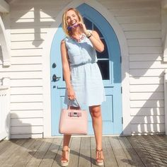 Can't get enough of chambray shirt dresses! Love this one, @morganullmann!