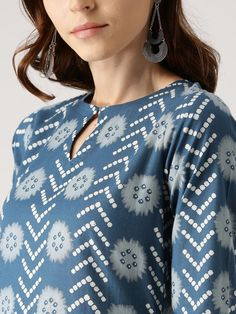 Buy Libas Women Blue Printed Kurta With Palazzos - Kurta Sets for Women 2528382 Neck Designs For Suits, Dress Neck Designs, Stylish Dress Designs, Designs For Dresses, Blouse Designs, Churidar Neck Designs, Kurta Neck Design, Salwar Designs, Kurta Designs Women