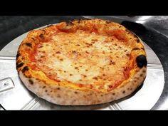 (1) La PIZZA di Coquis - Corso Professionale Pizzaioli - la PIZZA TONDA - YouTube Goodies, Tasty, Pizza Napoletana, Cooking, Video, Roman, Ss, Letter, Food