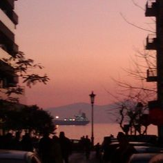 Getting dark in Thessaloniki - Mount Olympous in the back