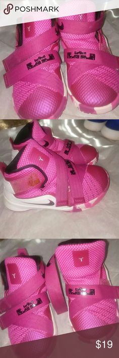 HOT PINK NIKE HIGH TOPS I loved seeing these cute Nike high tops on my Grand Doll. Especially in her lil dresses and skirts.....She got SO many compliments when she stepped out in these..ADORABLE❤ they are in very good condition.. NIKE Shoes Sneakers