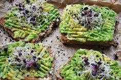 #avocado #toast #food #recipe #eatclean #vegan #recipeidea #avotoast #raw #food #germanblogger #rezept Avocado Toast, Feta, Raw Food, Vegan Food, Vegetarian Recipes, Foods, Breakfast, Recipes, Vegetarian Food