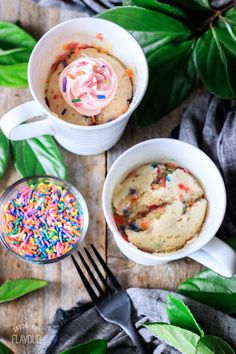 This moist and fluffy funfetti mug cake is easy to make in your microwave. This delicious treat can be made vegan and gluten free. Top with a swirl of icing, and you have a wonderful no egg dessert! No Egg Desserts, Dessert Recipes, Funfetti Mug Cake, Coffee And Walnut Cake, Easy Mug Cake, Sour Cream Pound Cake, Cake Recipes From Scratch, Types Of Cakes, Blueberry Cake