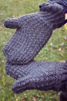 Miesten lapaset - Isänpäivä lähestyy Fingerless Gloves, Arm Warmers, Free, Fingerless Mitts, Fingerless Mittens
