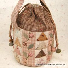 bagtriangle by MothersDream on Etsy, ¥12600