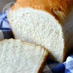 Foto da receita: Pão de forma simples