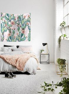 3 Exceptional Clever Ideas: Cozy Minimalist Home Minimalism minimalist bedroom cozy colour.Minimalist Bedroom Tips Interior Design minimalist bedroom blue colour.Minimalist Home Organization Clutter. Bedroom Inspo, Home Decor Bedroom, Bedroom Plants, Modern Bedroom, Nature Bedroom, Bedroom Furniture, Furniture Plans, Bedroom Inspiration, White Bedrooms