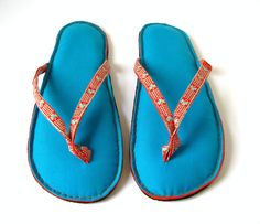 Handmade Flip Flop Sandals Puffy Slippers in Blue by askidas, $58.00~~~NOT!! DIY a lot cheaper.