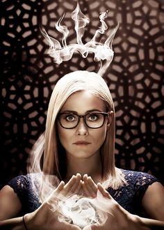 Olivia Taylor Dudley as Alice Quinn in The Magicians (SyFy The Magicians Syfy, Hogwarts, Slytherin, Queen Alice, Olivia Taylor Dudley, Wattpad Book Covers, Fandoms, Film Serie, Super Powers