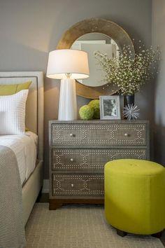 Stunning small master bedroom decorating ideas 31