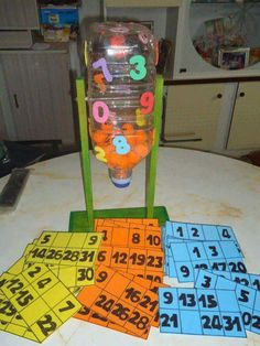 Bingo casero con material reciclado                                                                                                                                                     Más