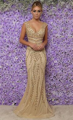 Swans Style is the top online fashion store for women. Shop sexy club dresses, jeans, shoes, bodysuits, skirts and more. Sexy Dresses, Nice Dresses, Fashion Dresses, Prom Dresses, Beautiful Gowns, Beautiful Outfits, Mother Of The Bride Gown, Mom Dress, Event Dresses