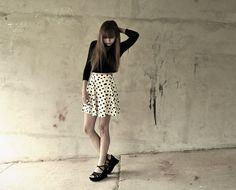 River Island Polka Dot Skater Skirt, Diy Turtleneck Crop Top, Studded Platforms, Cascading Rhinestone Necklace