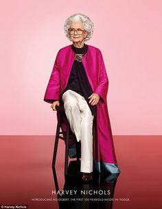"""Vogue's centenary issue—which hits newsstands on May the first model to ever grace its pages. To celebrate Vogue's big birthday, Harvey Nichols created a campaign featuring centenarian Marjorie """"Bo"""" Gilbert wearing a Dries… Vogue Uk, Vogue Models, Fashion Models, Fashion Over 50, Look Fashion, Spring Fashion, Vogue Fashion, China Fashion, Hippie Chic"""