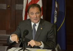 SB 40 supports financial literacy gets signed by Gov. Herbert