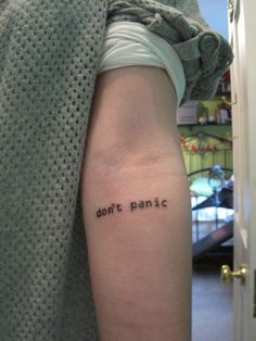 don't panic. wow i love this. hitchiker's guide to the galaxy is my favorite novel series ever #tattoo #tattoos