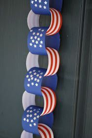 Over 25 fabulous patriotic party ideas for Memorial Day and Fourth of July. 10 Crafts for kids, decorating ideas and delicious recipes. Patriotic Crafts, Patriotic Party, Patriotic Decorations, July Crafts, Summer Crafts, Holiday Crafts, Holiday Fun, Crafts For Kids, Family Crafts