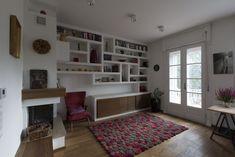 plasterboard shelving, modern interior, colorful interior, colorful living-room vintage interior