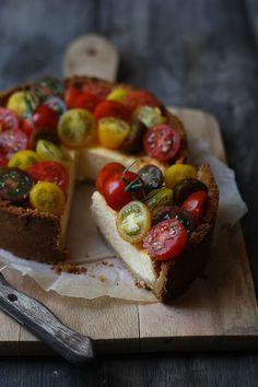 Savory tomato cheesecake
