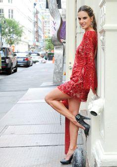 Short Red lace dress | Alessandra Ambrosio
