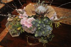 #Bird Theme Shower- Daisy, rose, antique hydrangea, thistle, protea, mushroom