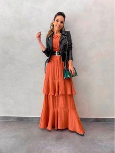 Modest Wear, Modest Dresses, Modest Outfits, Stylish Dresses, Muslim Fashion, Hijab Fashion, Skirt Fashion, Fashion Dresses, Blazer Fashion