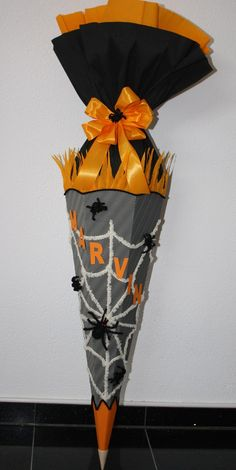 Schultüten - Schultüte Spinnen Spinne Tarantula Handarbeit - ein Designerstück von Bastel-Shop bei DaWanda