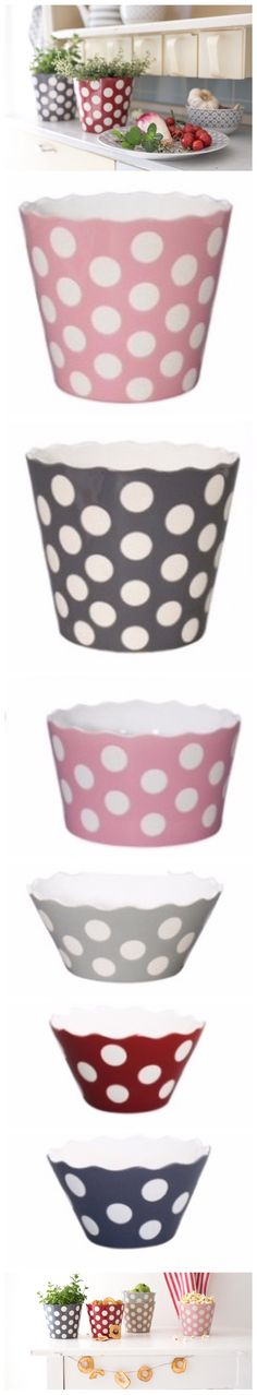 HAPPY DOTS by KRASILNIKOFF via VERDeMANDARINA 🤗 enjoy them in your parties and special moments with friends