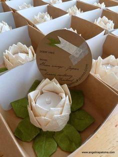 Lanterns origami wedding favors / http://www.himisspuff.com/origami-wedding-ideas/5/
