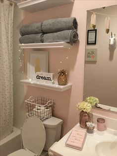 Pink and grey bathroom ideas Girl Bathroom Decor, Cute Bathroom Ideas, Bedroom Decor, Teen Bathroom Girl, Teenage Bathroom Ideas, Teenage Room Decor, Bathroom Sinks, Remodel Bathroom, Modern Bathroom