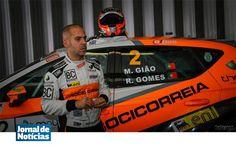 """O piloto bracarense Ricardo Gomes, ao lado de Manuel Gião, vai marcar presença, já nos próximos dias 28 e 29, nas """"24 horas de Ascari"""", em Espanha."""