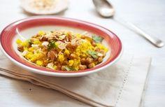 Arroz com grão-de-bico assado, amêndoas e curry | Panelinha - Receitas que funcionam